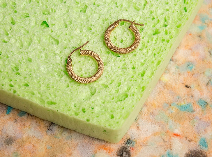 9ct Gold Textured Hoops