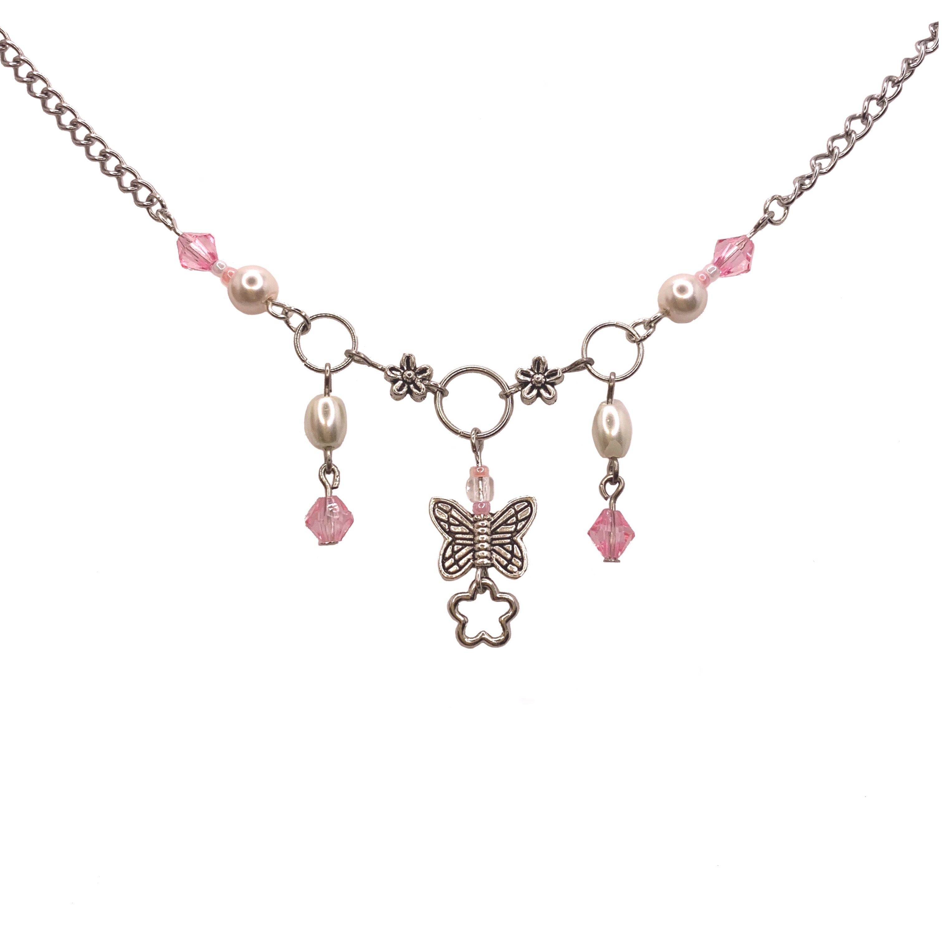 the clutter necklace