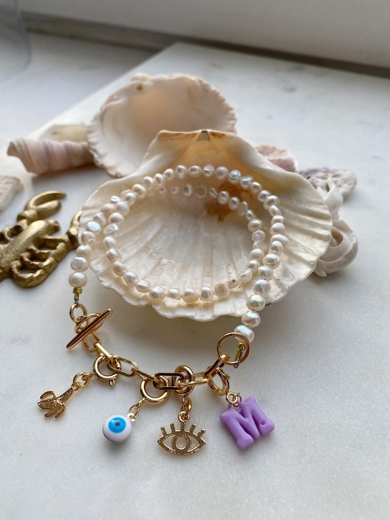 Pearls and charms necklace