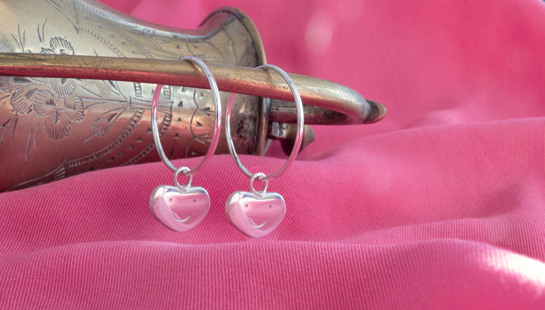 Tits Up earrings (925 eco silver)