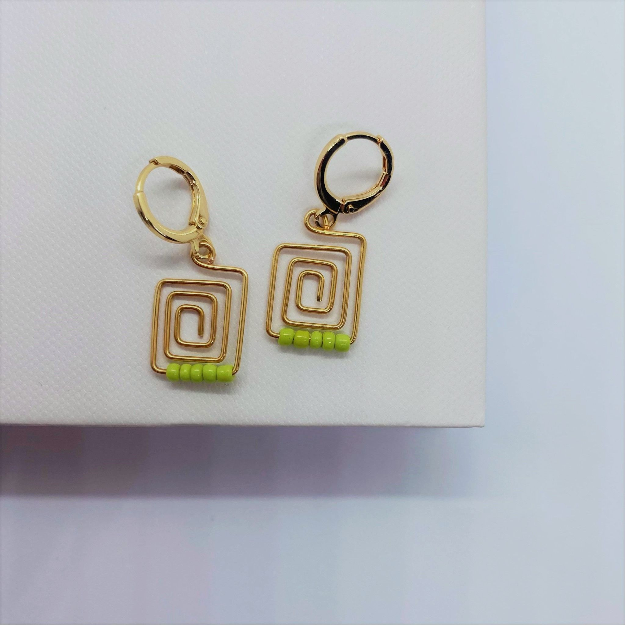 The Paxos pair in green