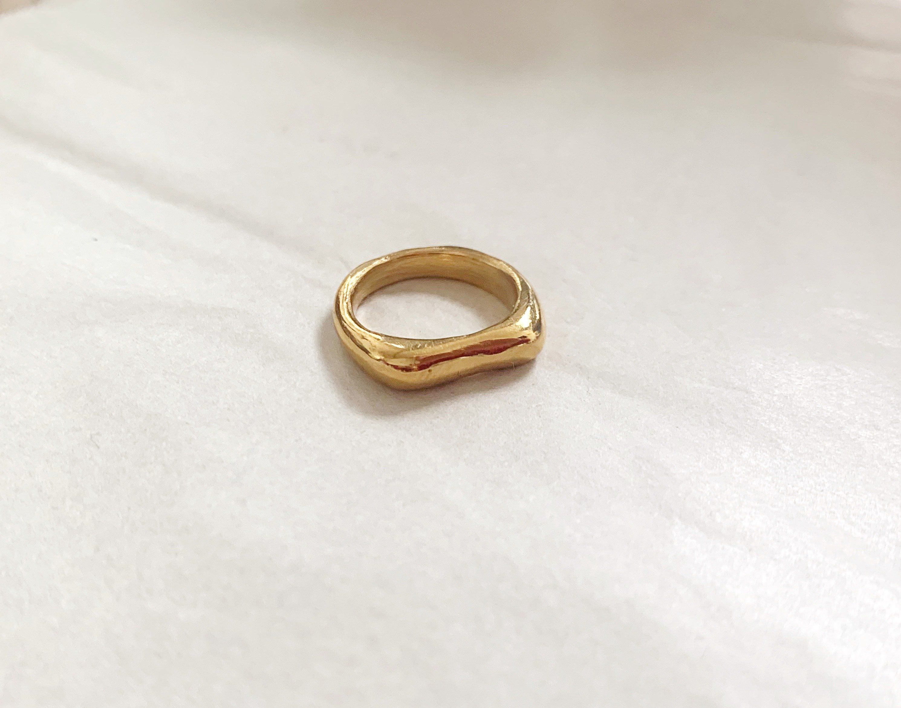 Thin Melted Ring