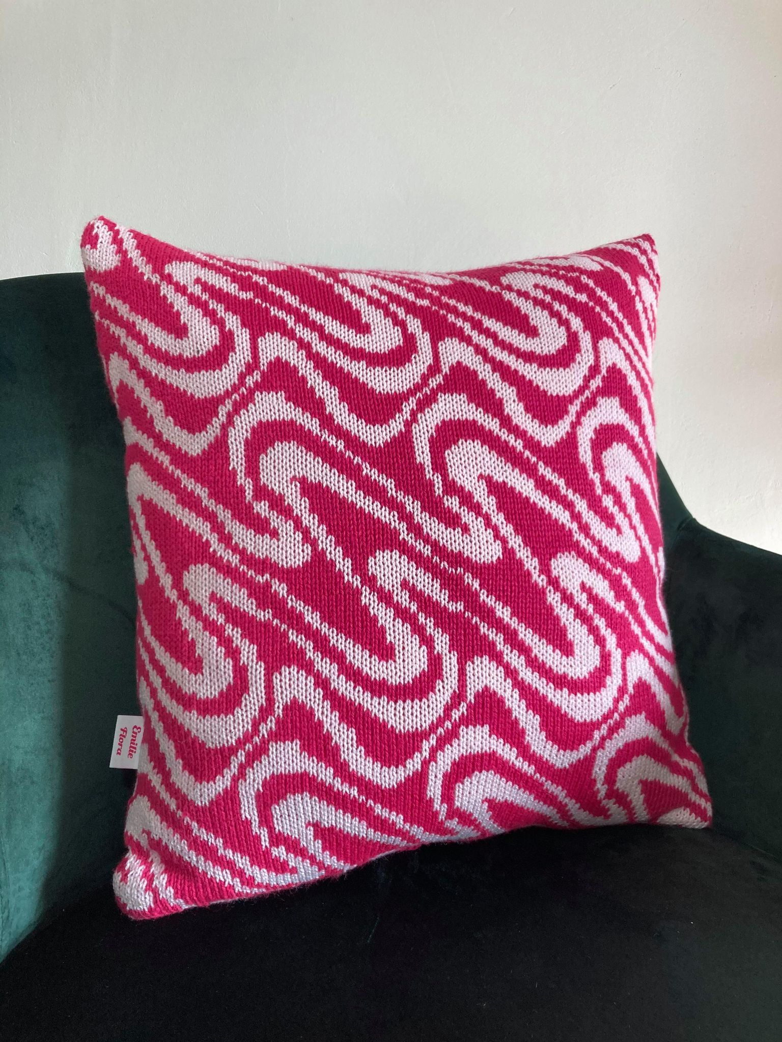 Swirly Cushion - Hot Pink and Pale Pink