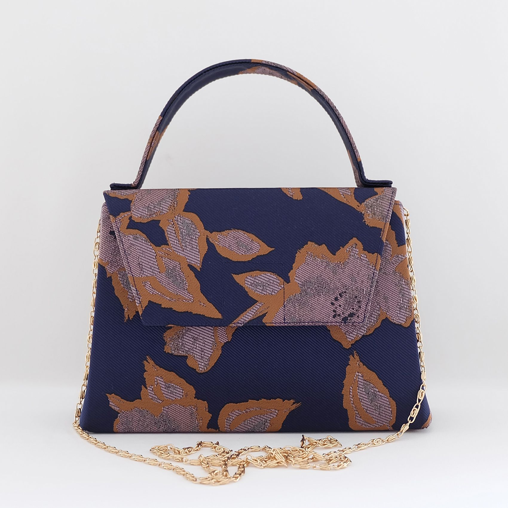 Ceesay in Navy Floral