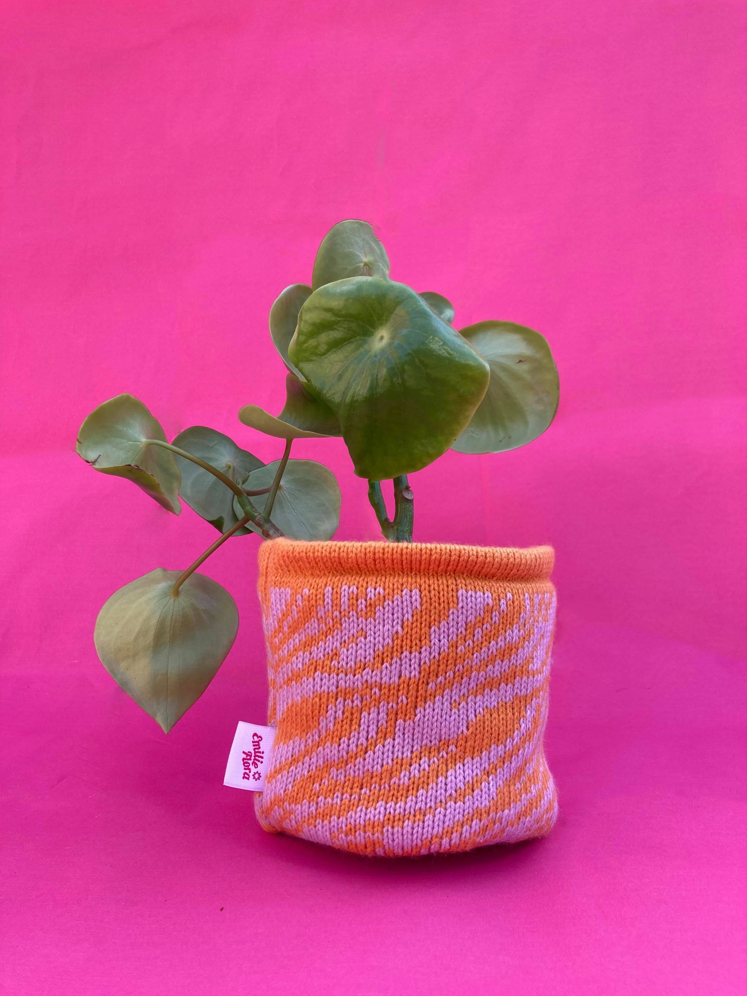 Medium Marbled Pot Cover - Pale Orange and Pale Lilac