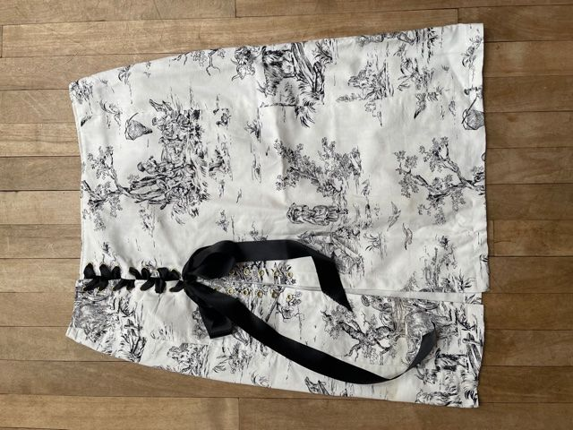Black and White Toile De Jouy Lace-Up Skirt W36