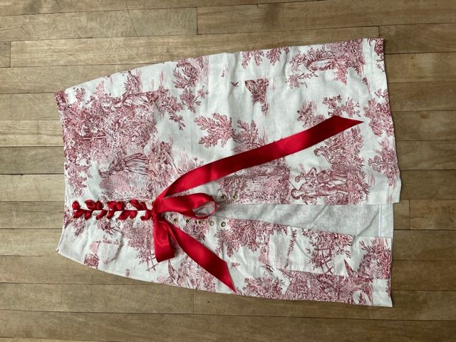 Red and White Toile de Jouy Lace-Up Skirt W28