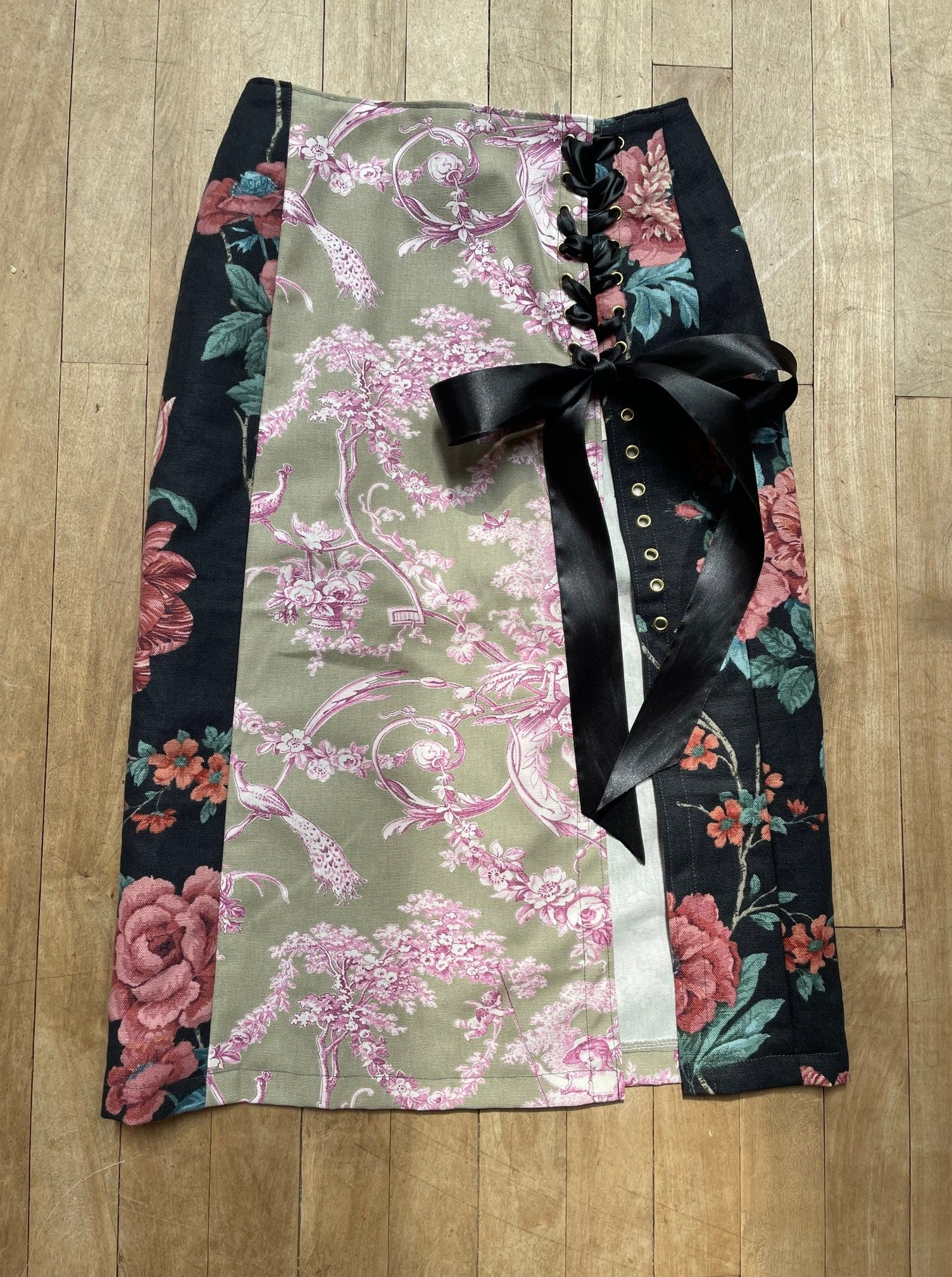 Dark Floral and Green Toile de Jouy Mix Lace-Up Skirt W24
