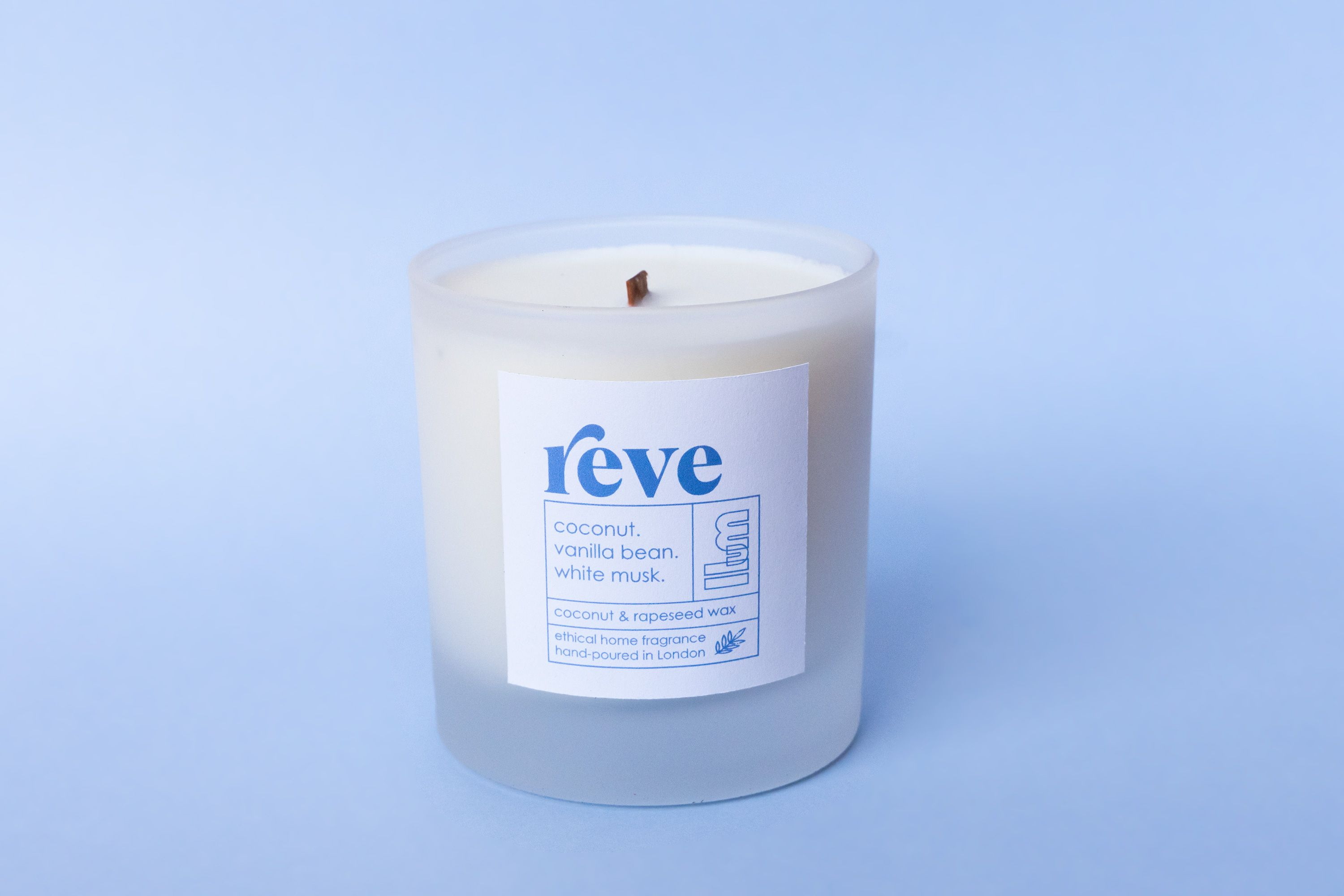 REVE Vegan Scented Candle - Coconut and Rapeseed Wax